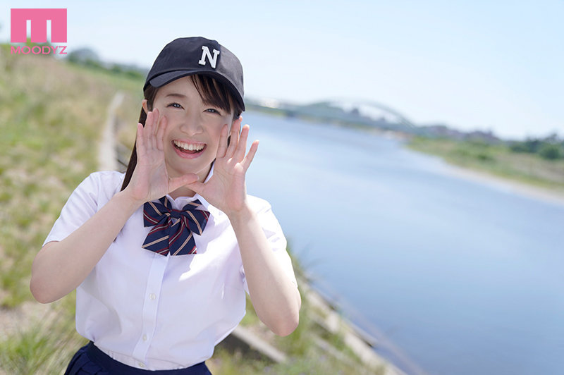MIFD-172超正统美少女深月めい(深月芽衣)居然是棒球队经理 (2)