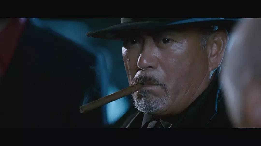 《风云雄霸天下》中大反派雄霸的扮演者千叶真一因为新冠肺炎而去世 (4)