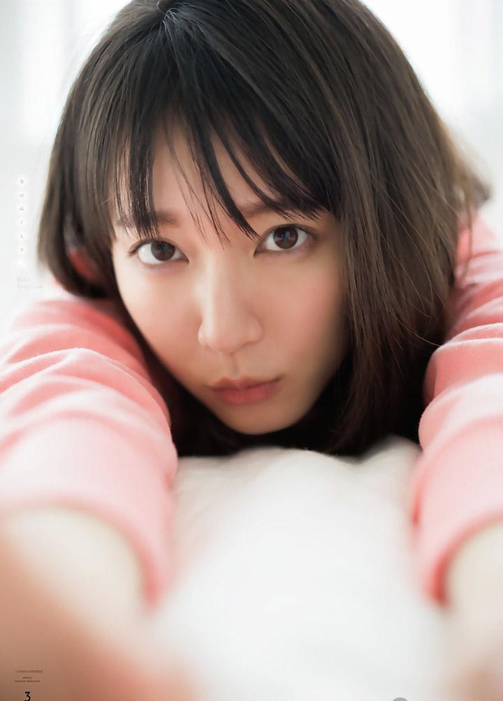 吉冈里帆不断以微性感写真作品协助宣传自己的演艺事业 (17)