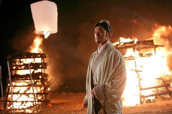 电影《赤壁:决战天下》可以追求孙刘联军和曹营大战的震撼和感动 (5)
