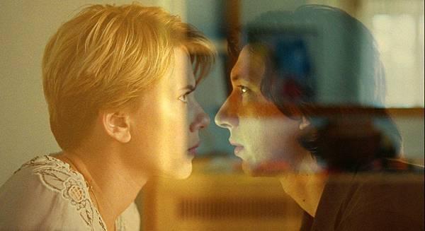 电影《婚姻故事》生活涉及的太多才导致相爱容易相处难 (4)