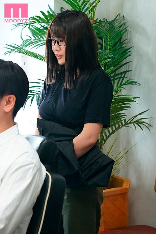 MIMK-089平价理发店员佐知子参与二次元漫改企划 (10)