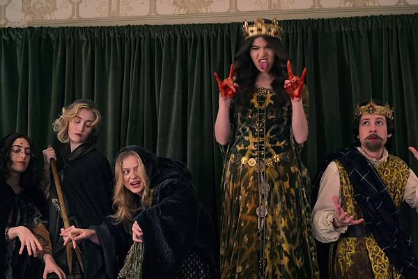 美剧《狄金生Dickinson》为什么出现了出乎意料的apple家Emily! (6)