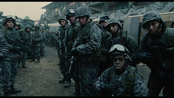 电影《人类之子》即便是全世界陷入极度的恐慌中也要保持希望 (2)