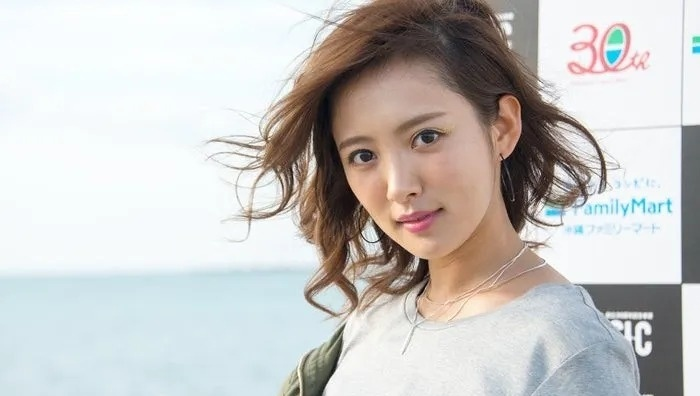 离爆红只差一点点的日本演员夏菜将和圈外男友结婚 (10)