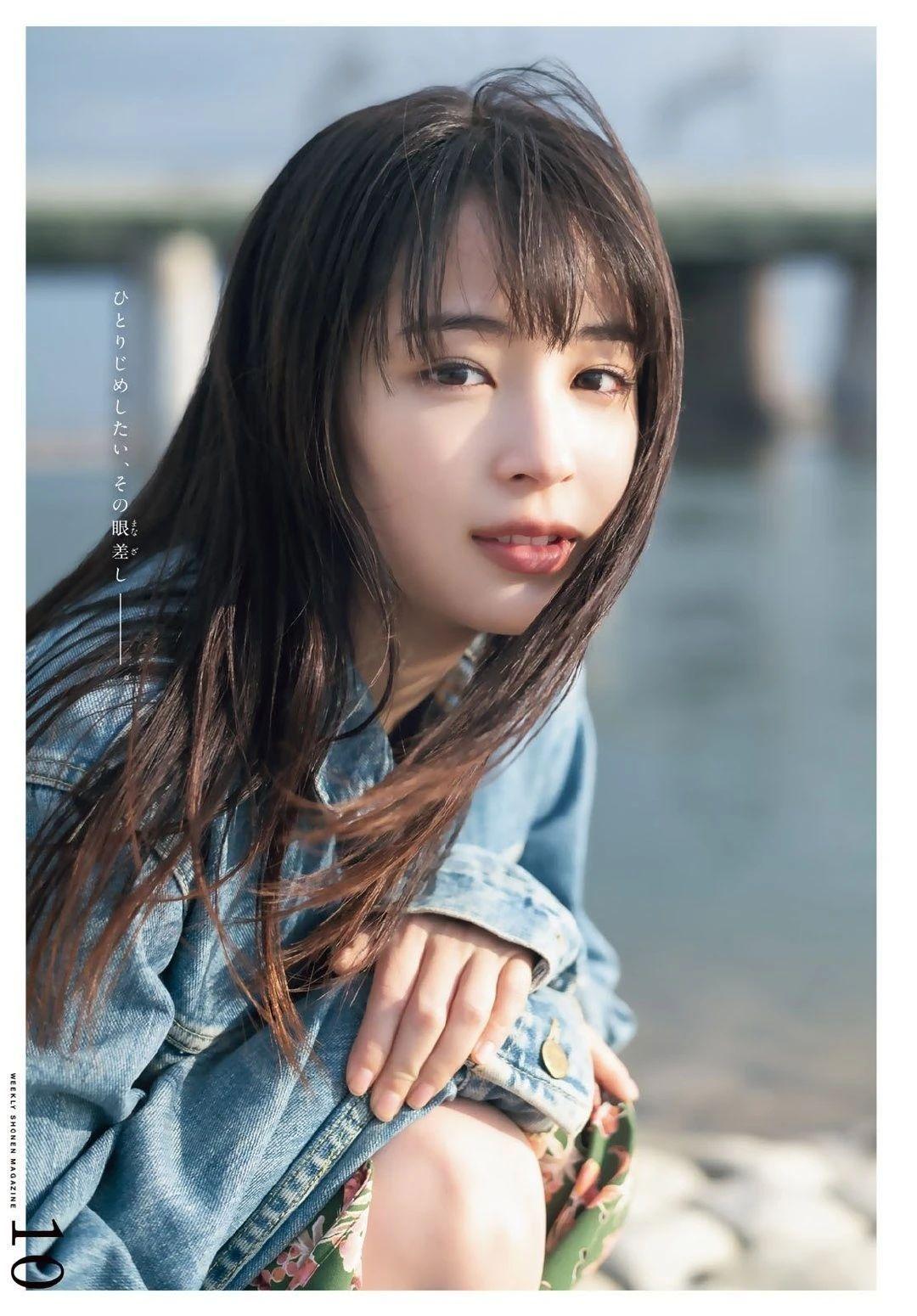 20神颜美少女却黑历史比较多的广濑丝丝写真作品 (44)