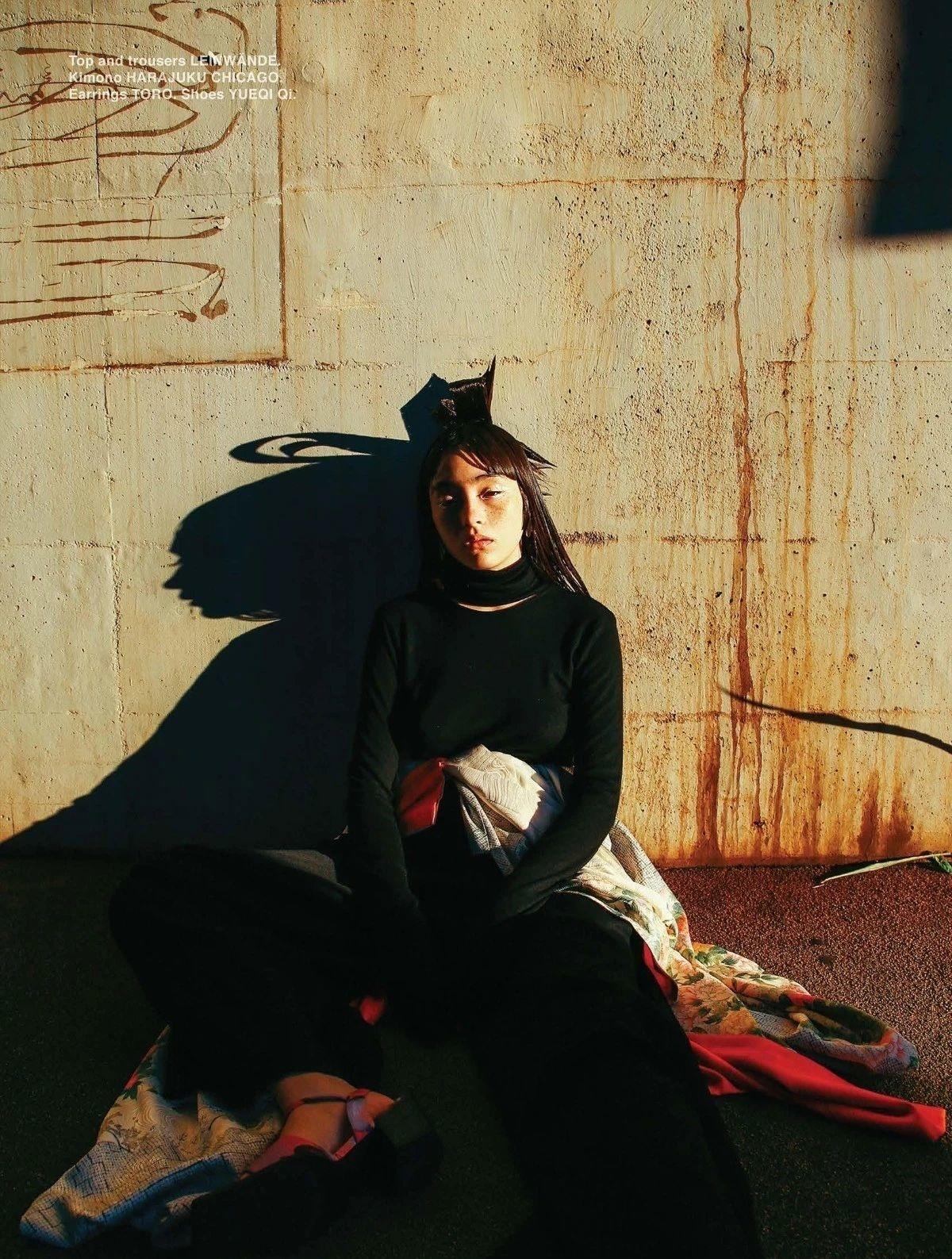 满脸雀斑却依旧很美的混血模特世理奈写真作品 (4)