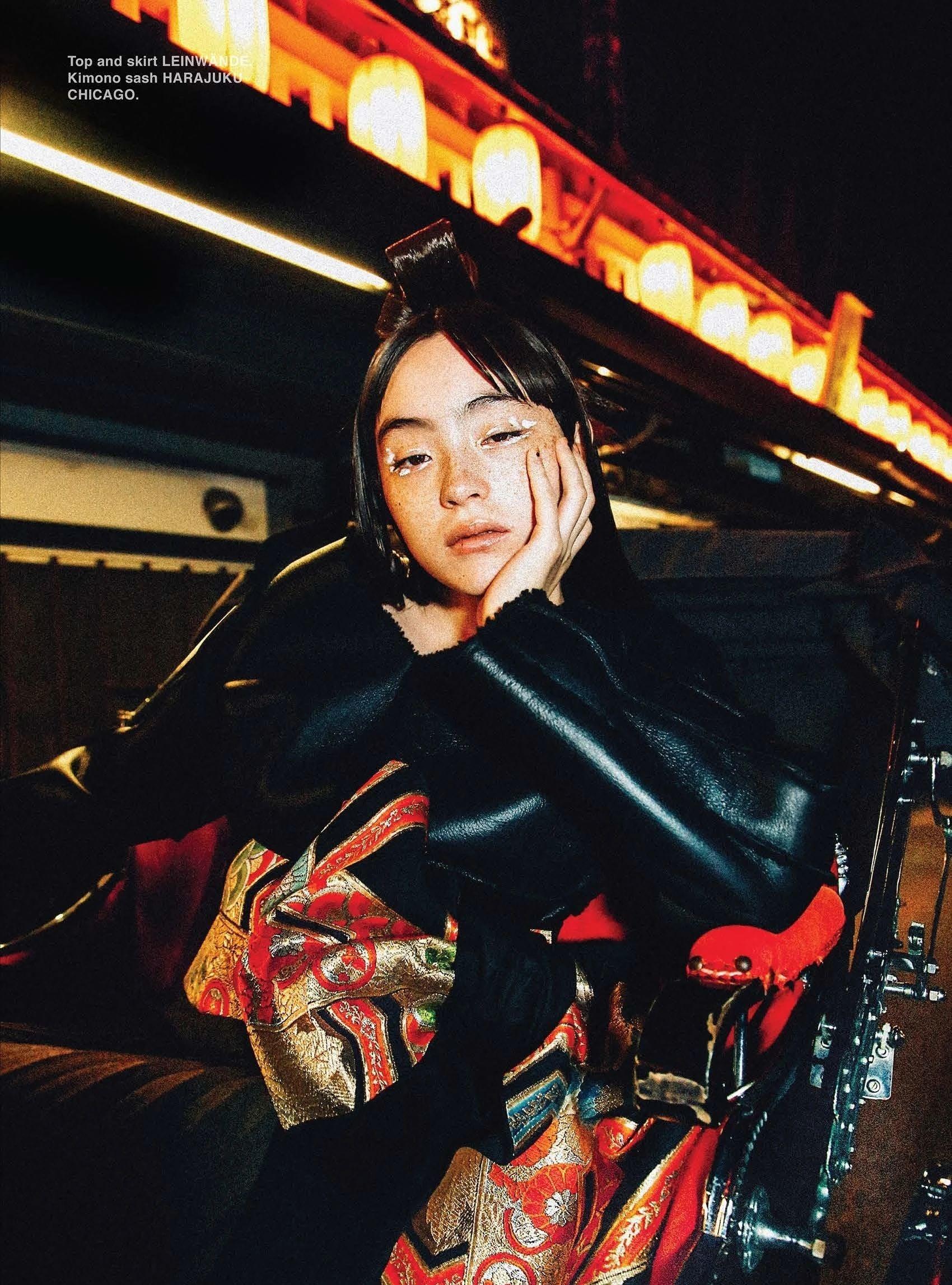 满脸雀斑却依旧很美的混血模特世理奈写真作品 (9)
