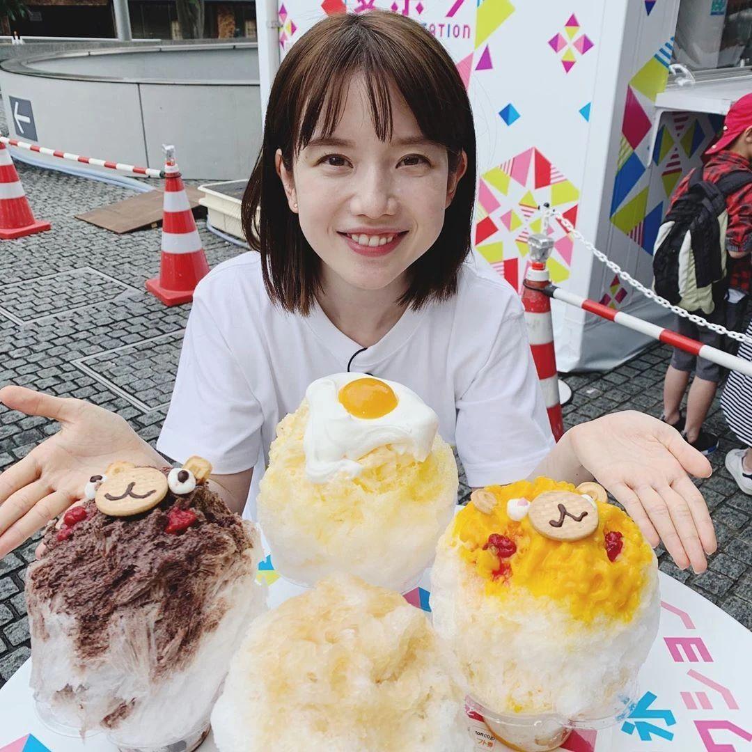永远一张娃娃脸的棉花糖女孩弘中绫香写真作品 (20)