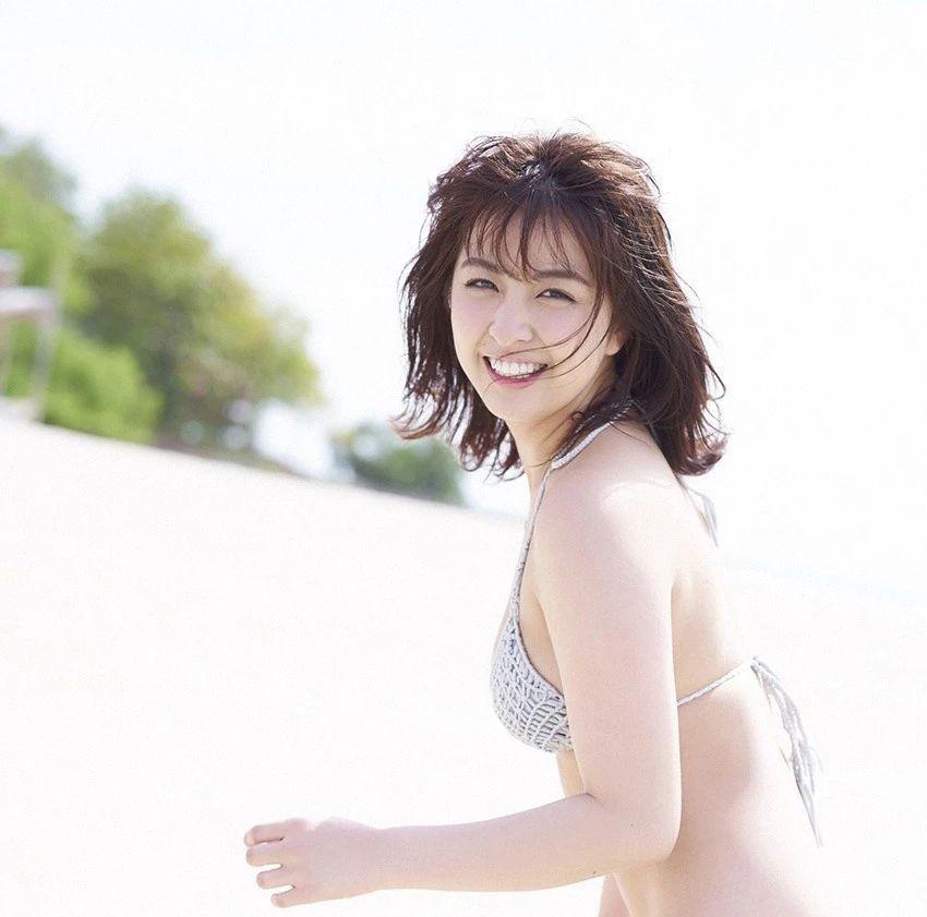 又欲又纯的封面女王柳百合菜写真作品 (17)