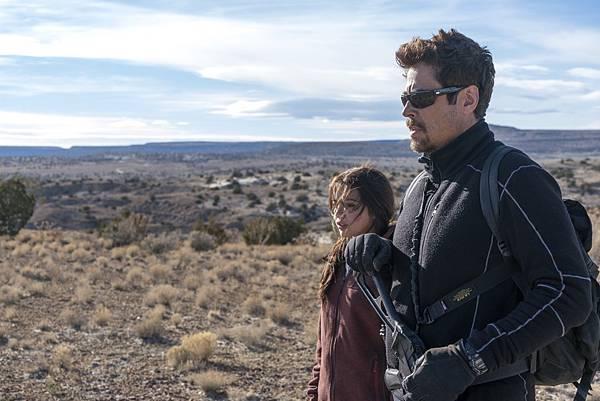 电影《怒火边界》十分善于营造紧张枪战气氛 (6)