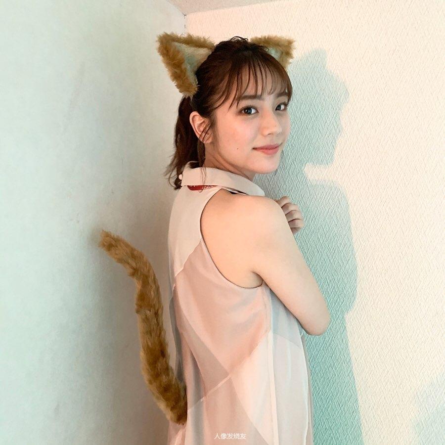 甜美无比的天气女郎贵岛明日香写真作品 (21)