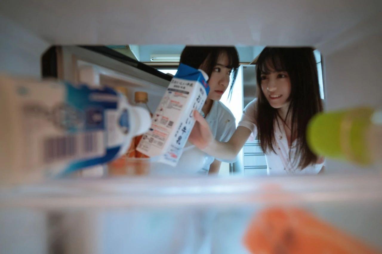 B站UP主果哝双子让你们享受双倍的美好双倍的快乐 (7)