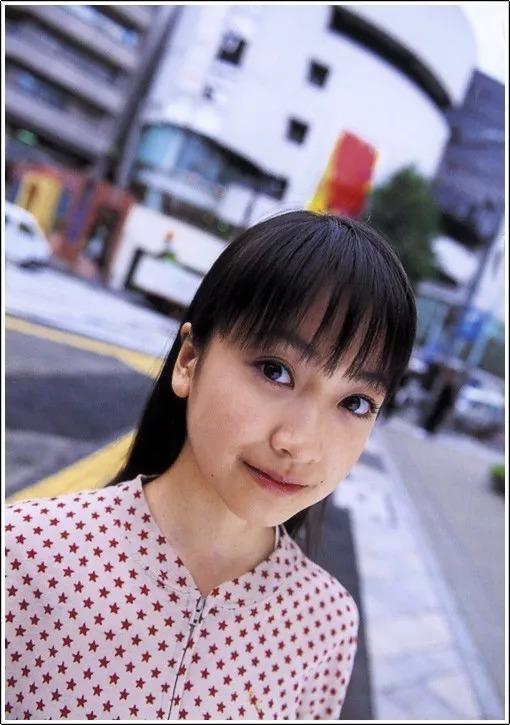 形象纯过蒸馏水的黑川智花《少女觉醒》的写真作品 (83)