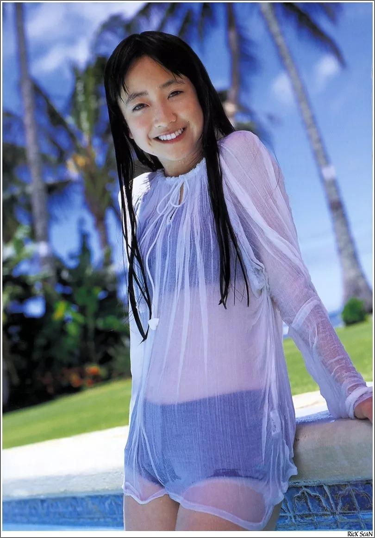 形象纯过蒸馏水的黑川智花《少女觉醒》的写真作品 (94)