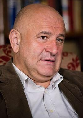 德扬·阿西莫维奇