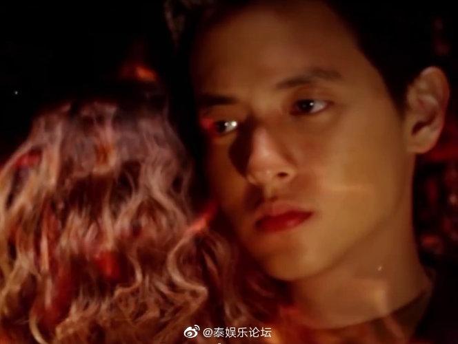 《玫瑰奇缘恋与大明星泰语版》的剧照10