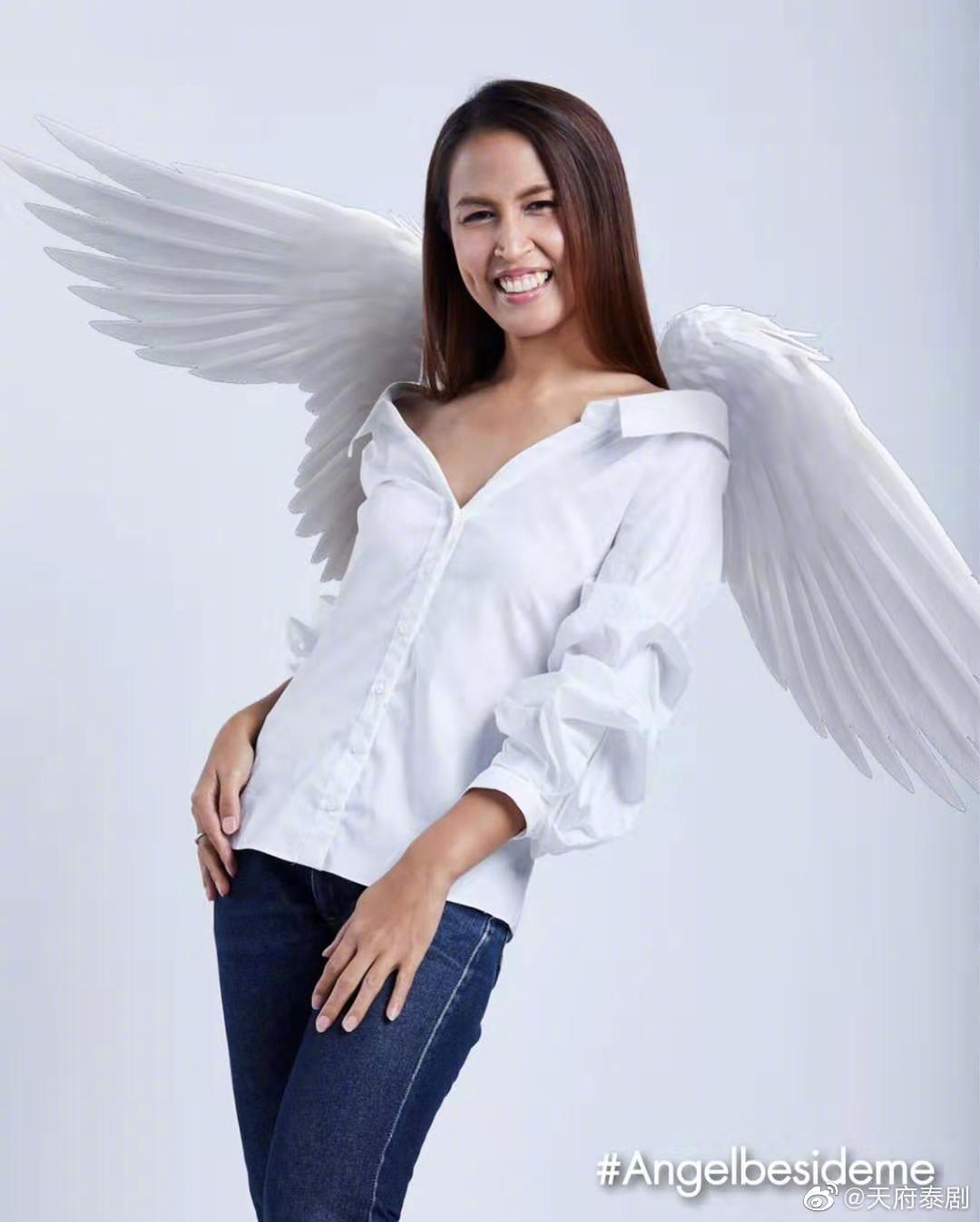 《天使在身边》的剧照10