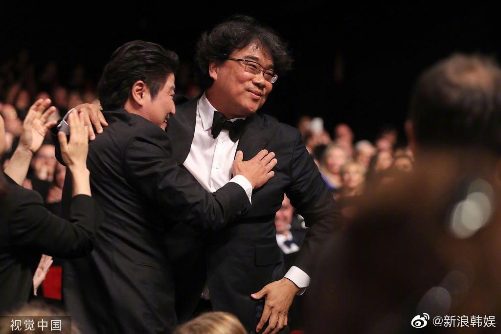 《寄生虫》韩国第一个金棕榈大奖 完美弥补去年《燃烧》遗憾