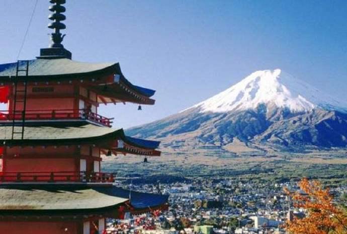 一个妹纸讲日本的消费结构,特别好,很接地气