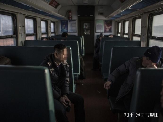 地铁列车晚上都停在哪里呢?