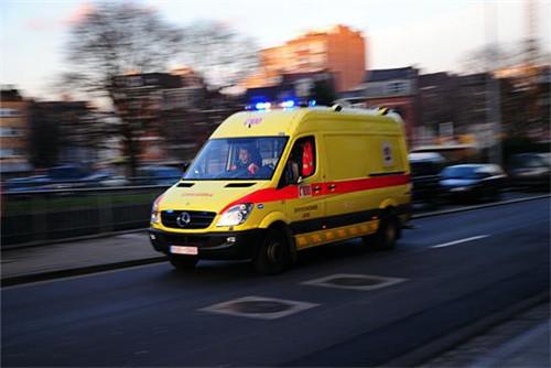 比利时救护车的声音,果然还是过于恐怖了!