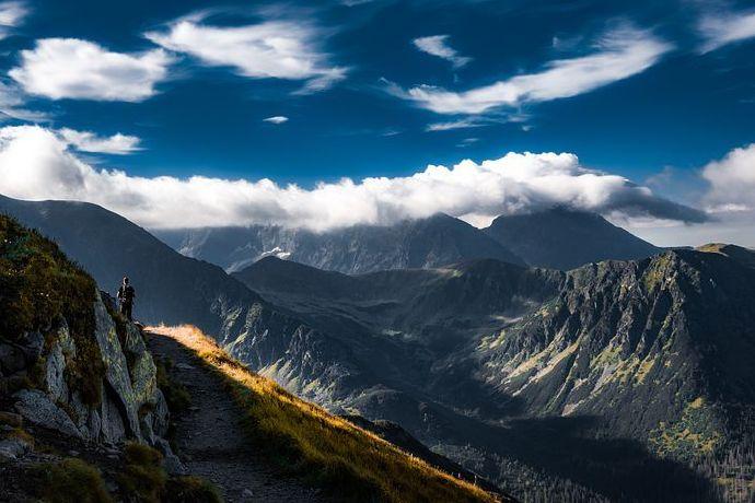 mountains-6544522__480