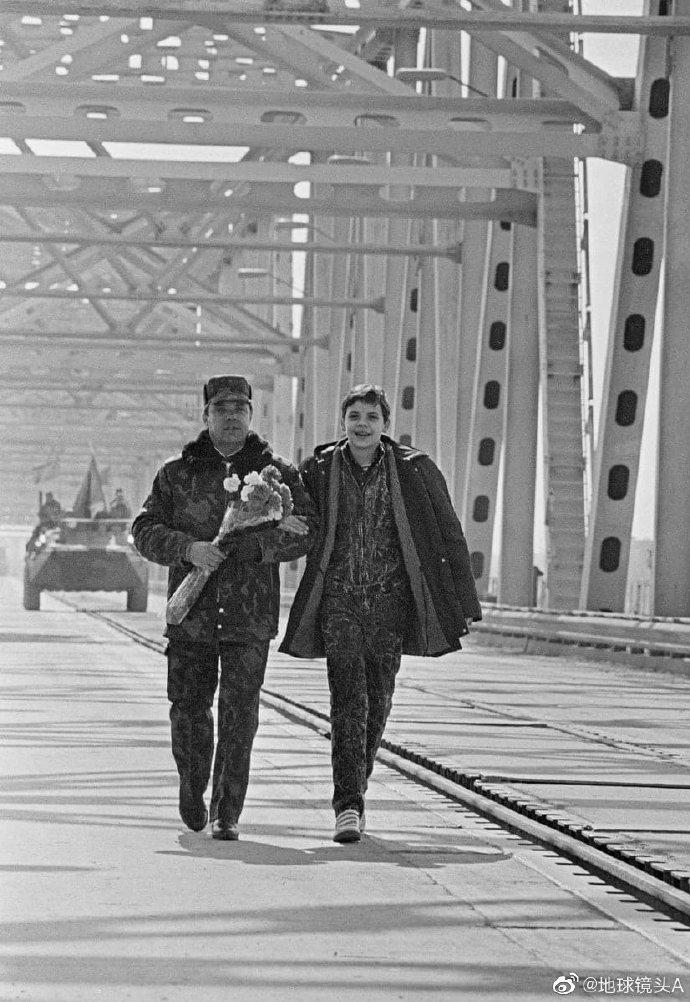 1989年2月15日,阿姆河桥,最后一名撤离阿富汗的苏联军人